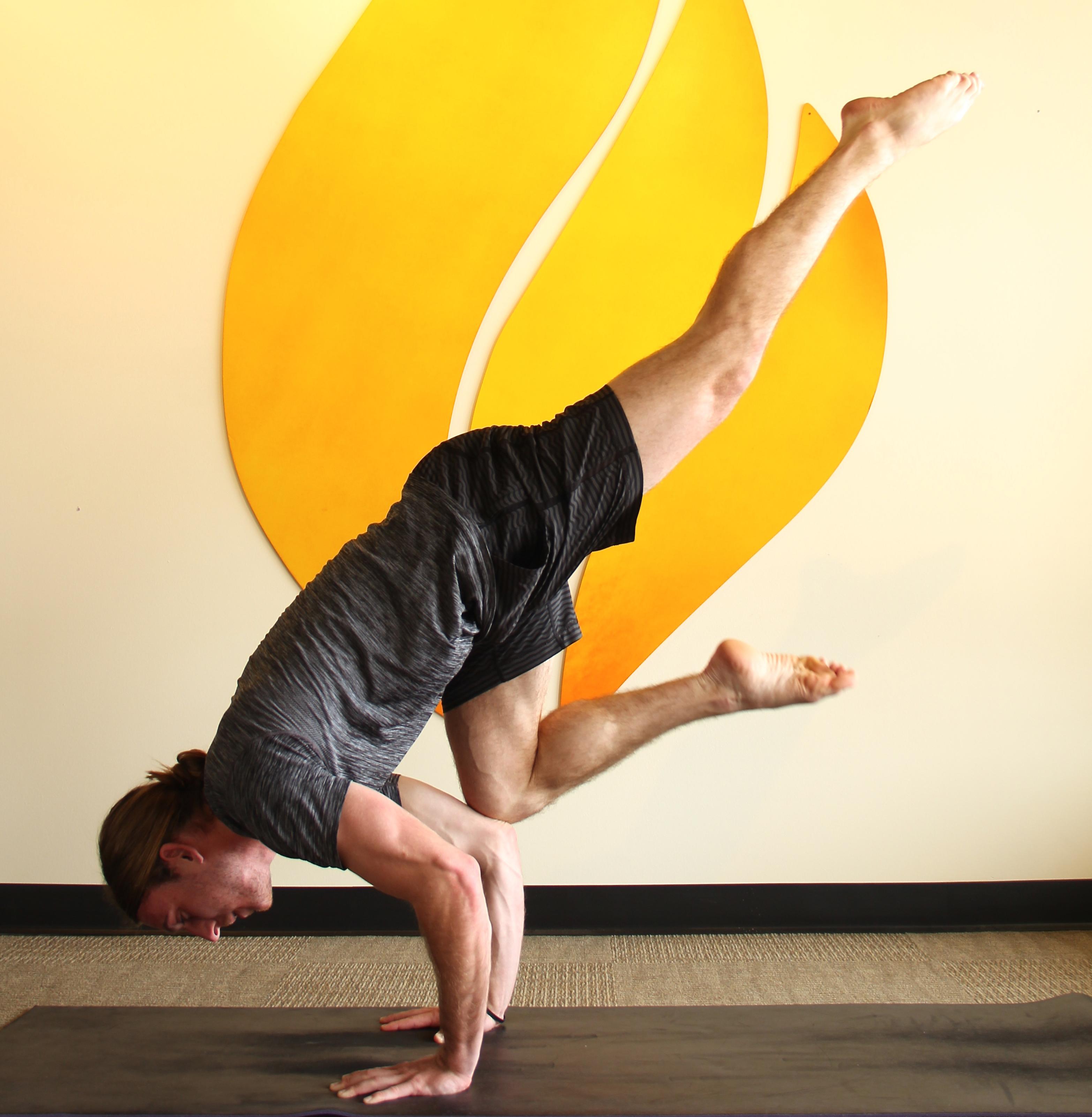 pose yoga kansas
